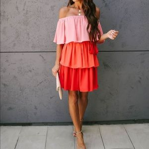 BNWT - Off The Shoulder Tiered Tie Dress Small